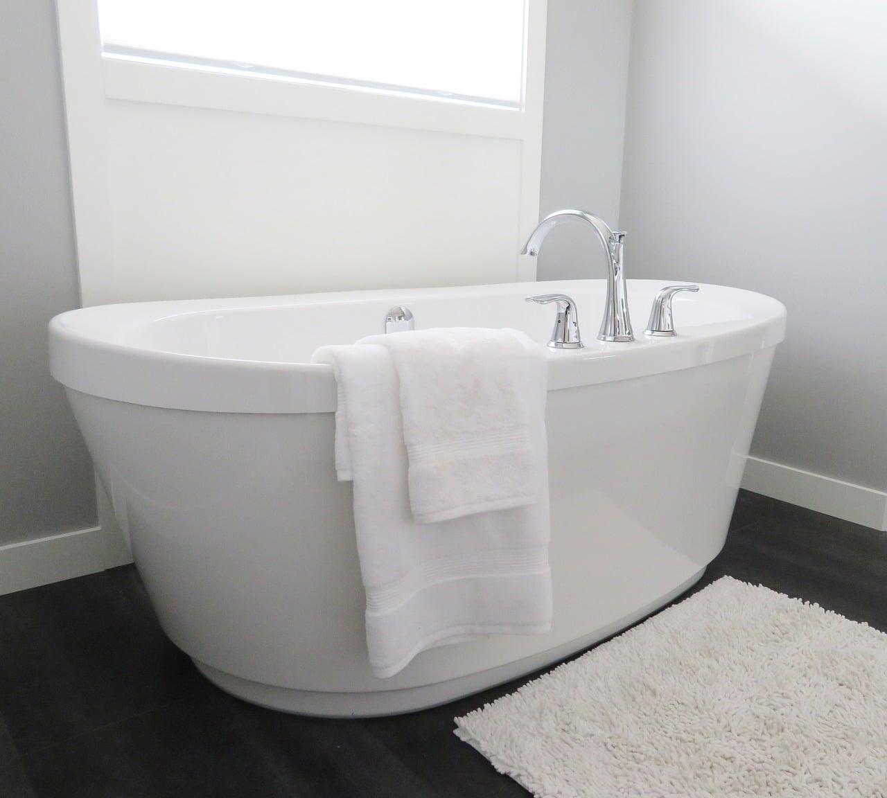 Salle de bain et risques de chutes pour seniors
